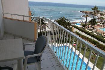 private ferienwohnungen im raum nerja bei malaga an der costa del sol spanien. Black Bedroom Furniture Sets. Home Design Ideas